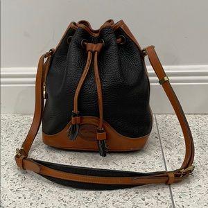 Dooney & Bourke bucket vintage handbag